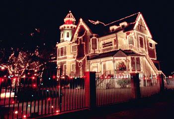 Metroactive Features   Christmas Lights